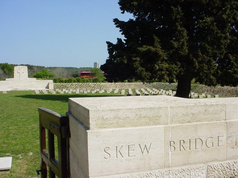 SKEW BRIDGE CEMETERY - CWGC