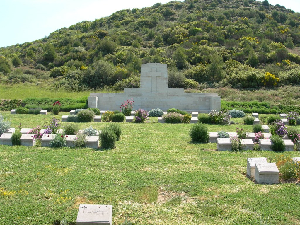 NO.2 OUTPOST CEMETERY - CWGC