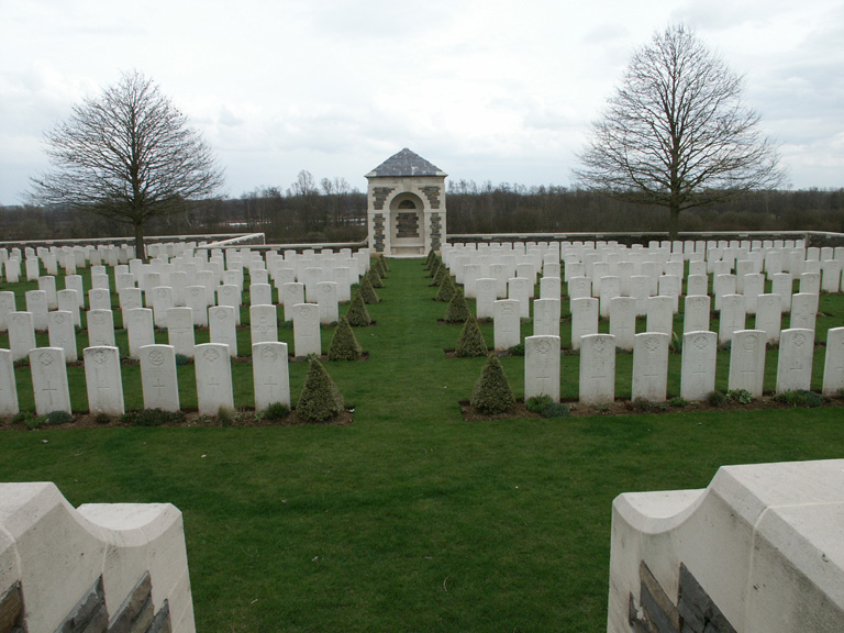 LA CHAPELETTE BRITISH AND INDIAN CEMETERY, PERONNE - CWGC