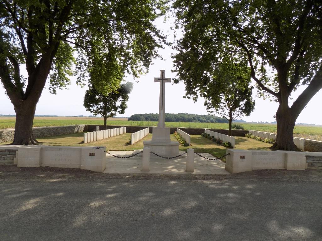 MANITOBA CEMETERY, CAIX - CWGC