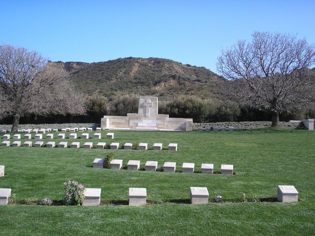 ARI BURNU CEMETERY, ANZAC - CWGC