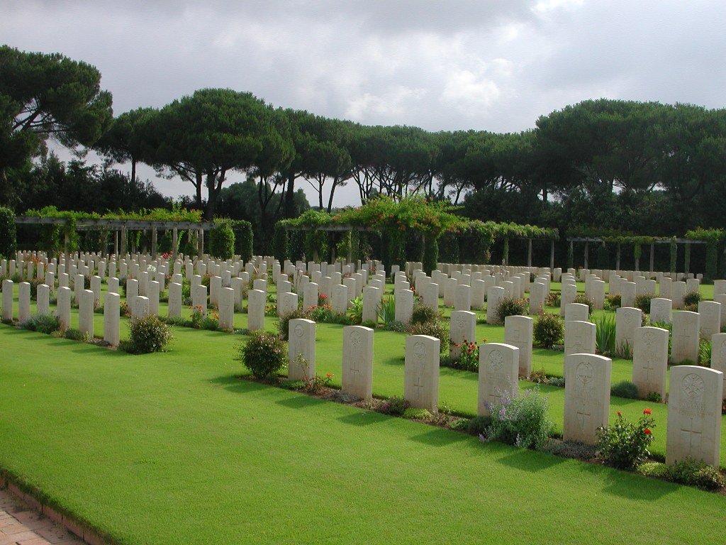 BEACH HEAD WAR CEMETERY, ANZIO - CWGC