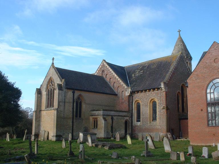 BURGHFIELD (ST. MARY) CHURCHYARD - CWGC