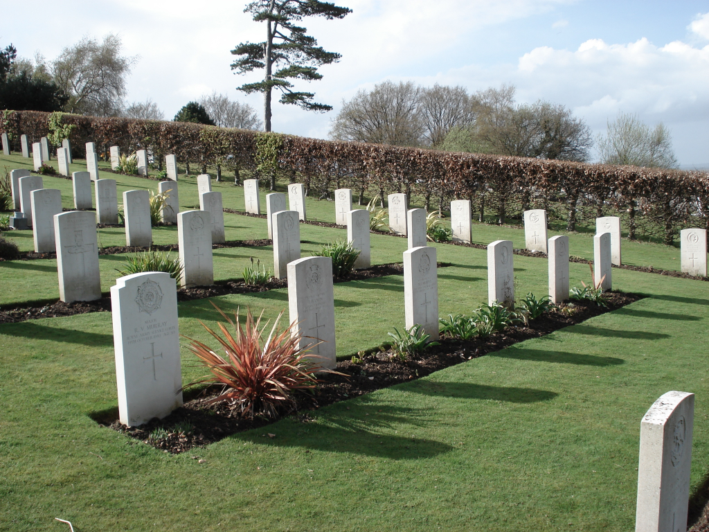 HASTINGS CEMETERY, SUSSEX - CWGC