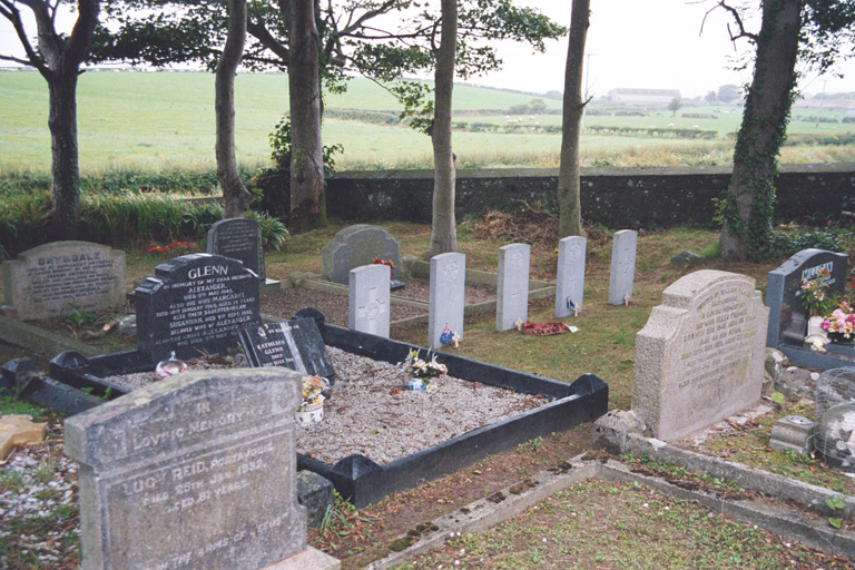 BALLYHALBERT (ST. ANDREW) CHURCH OF IRELAND CHURCHYARD - CWGC