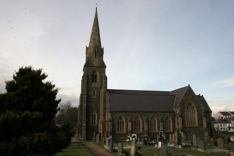 MAGHERAFELT (ST. SWITHIN) CHURCH OF IRELAND CHURCHYARD - CWGC