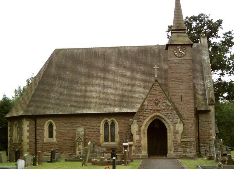 TALLARN GREEN CHURCHYARD - CWGC