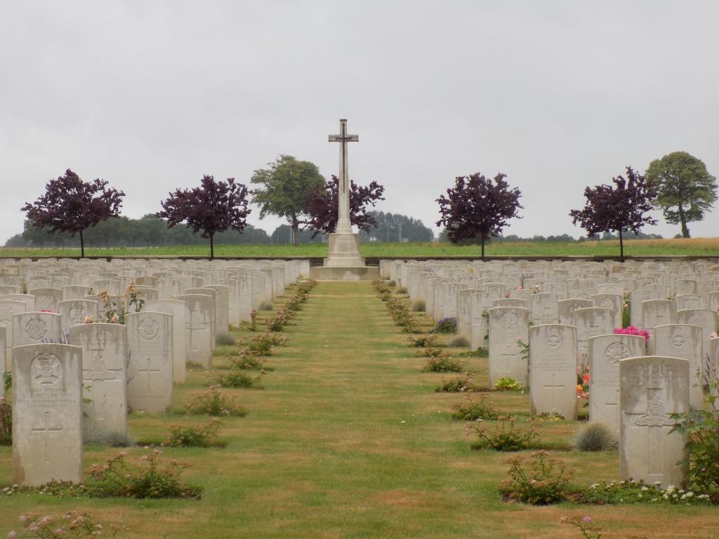 WARLINCOURT HALTE BRITISH CEMETERY, SAULTY - CWGC