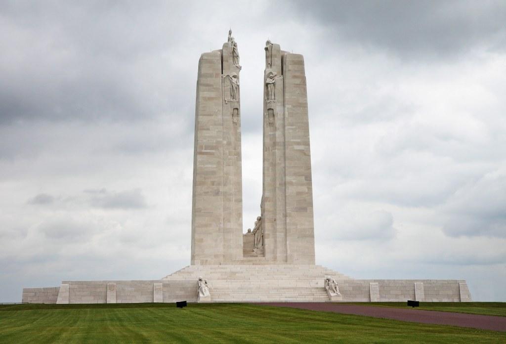 VIMY MEMORIAL - CWGC