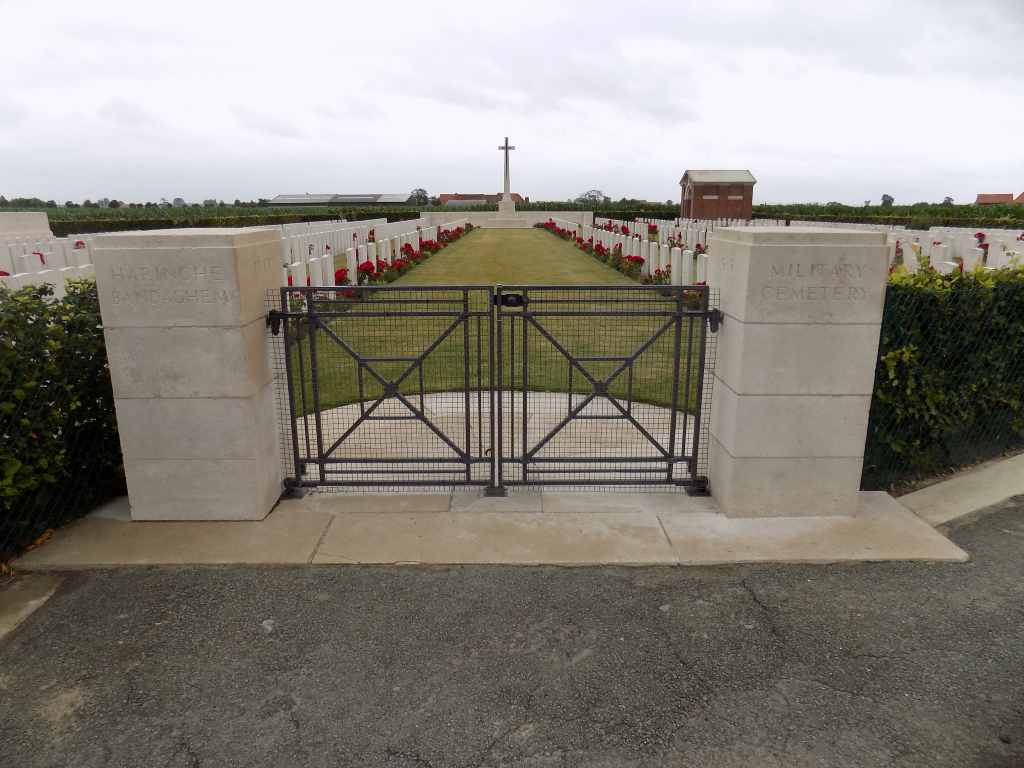 HARINGHE (BANDAGHEM) MILITARY CEMETERY - CWGC