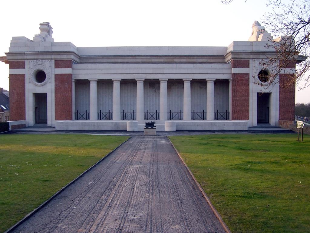 YPRES (MENIN GATE) MEMORIAL - CWGC