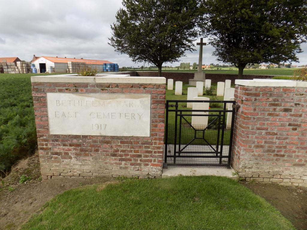 BETHLEEM FARM EAST CEMETERY - CWGC